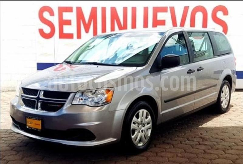 Dodge Grand Caravan SE usado (2017) color Plata precio $302,000