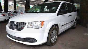 Dodge Grand Caravan 5p SE V6/3.6 Aut usado (2017) color Blanco precio $199,900