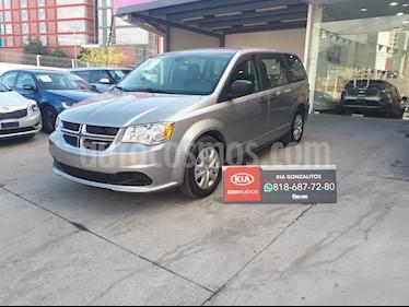 Dodge Grand Caravan SE usado (2019) color Plata precio $319,000
