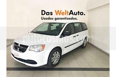 Dodge Grand Caravan 5p SE V6/3.6 Aut usado (2017) color Blanco precio $274,900