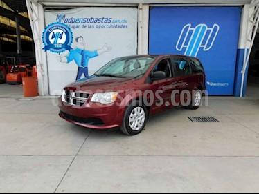 Dodge Grand Caravan 5p SE V6/3.6 Aut usado (2017) color Vino Tinto precio $193,000