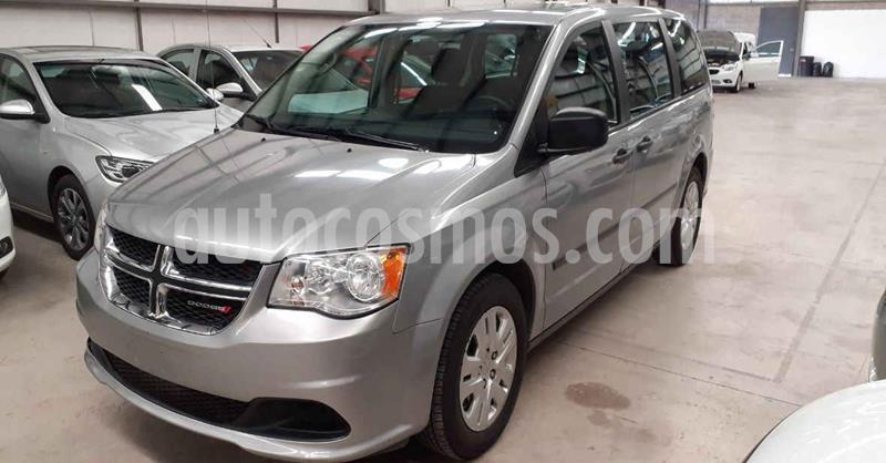 Dodge Grand Caravan SE usado (2017) color Plata Dorado precio $246,900