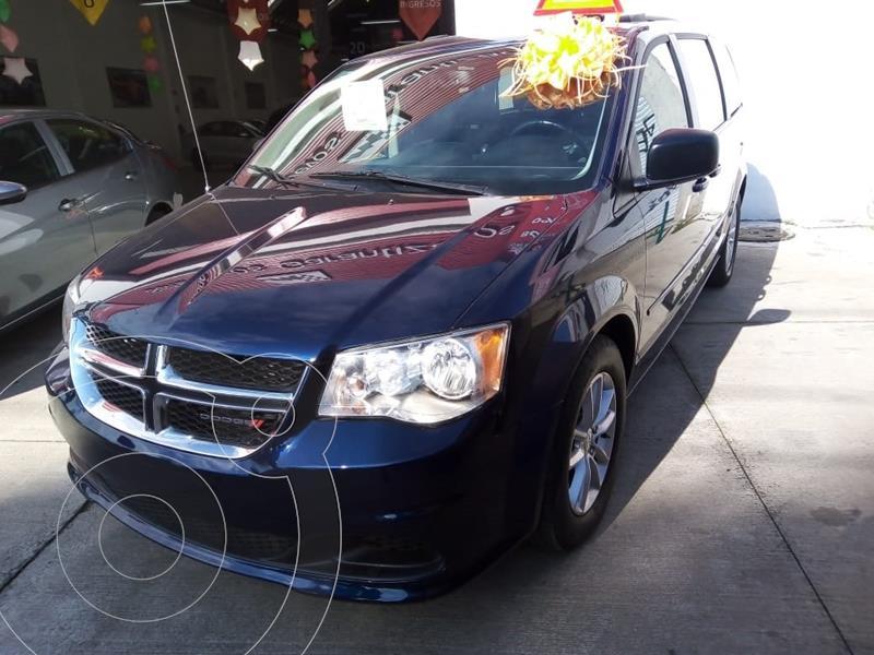Foto Dodge Grand Caravan SXT PLUS TA usado (2017) color Azul precio $310,000