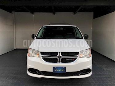 Dodge Grand Caravan 5p SXT V6/3.6 Aut usado (2017) color Blanco precio $249,000