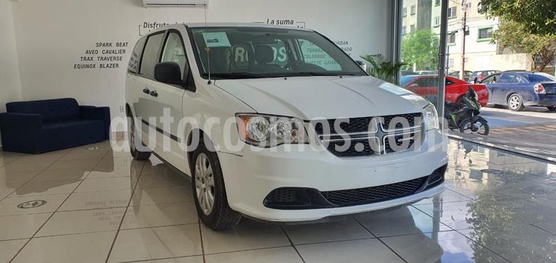 Dodge Grand Caravan SE usado (2017) color Blanco precio $250,000