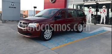 Dodge Grand Caravan SE usado (2017) color Rojo precio $300,000
