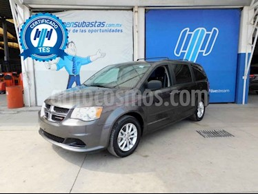 Dodge Grand Caravan 5p SXT Plus V6/3.6 Aut usado (2017) color Gris precio $243,000