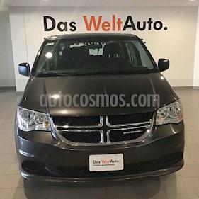 Foto Dodge Grand Caravan SE usado (2017) color Plata precio $327,000