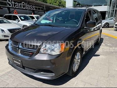 Dodge Grand Caravan 5p SXT V6/3.6 Aut usado (2018) color Gris precio $435,000