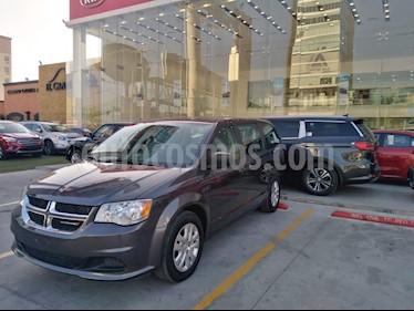 Dodge Grand Caravan SE usado (2018) color Gris precio $268,000
