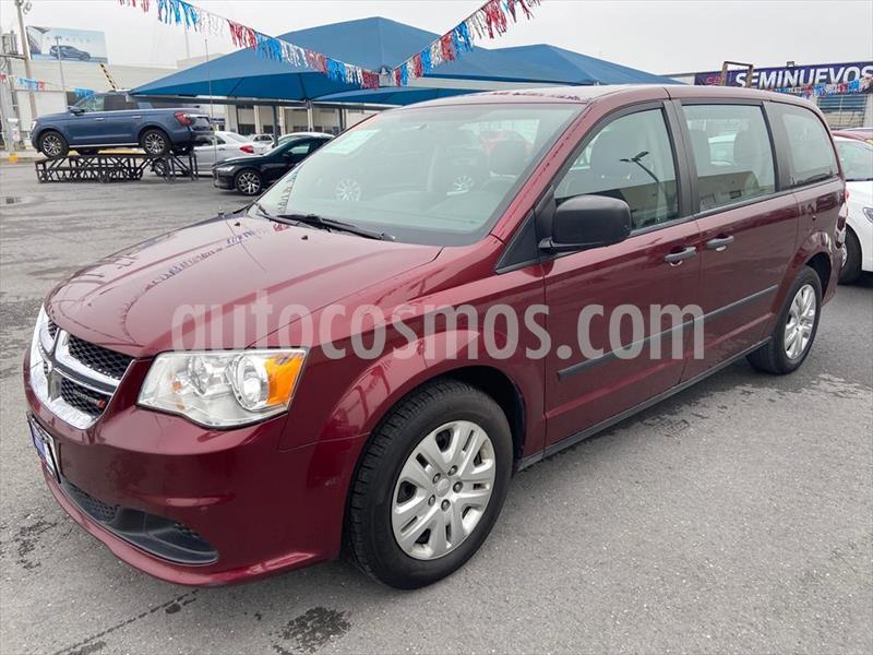 Dodge Grand Caravan SE usado (2017) color Rojo precio $279,000