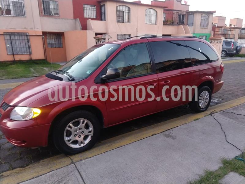 Dodge Grand Caravan SXT+ usado (2003) color Rojo Cerezo precio $59,000