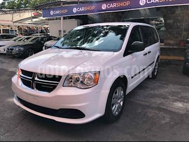 Foto Dodge Grand Caravan SE usado (2017) color Blanco precio $214,898