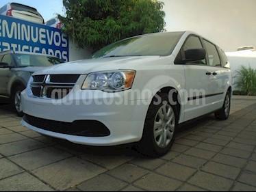 Foto venta Auto usado Dodge Grand Caravan SE (2017) color Blanco precio $335,000