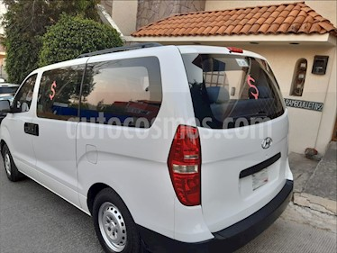 Dodge H-100 2.5L Van Diesel Ventanas usado (2013) color Blanco precio $195,000