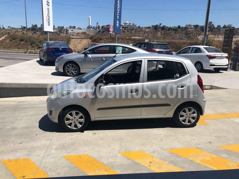 Dodge i10 GL usado (2014) color Plata precio $89,000