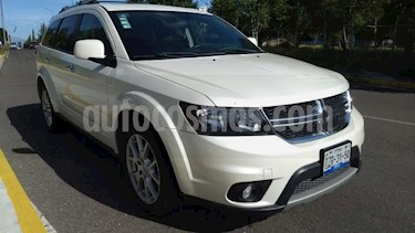 Foto venta Auto usado Dodge Journey 5p RT V6/3.6 Aut (2016) color Beige precio $320,000