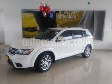Foto Dodge Journey 5p RT V6/3.6 Aut usado (2016) color Blanco precio $295,900