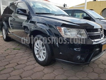 Foto venta Auto usado Dodge Journey 5p SXT L4/2.4 Aut 5/Pas (2015) color Negro precio $245,000