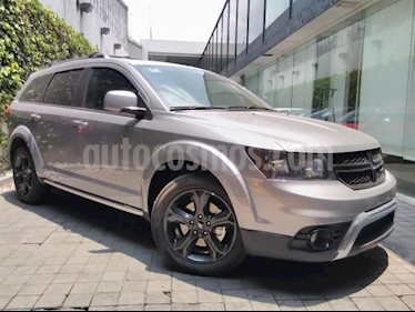 Foto venta Auto usado Dodge Journey 5p SXT Sport Plus L4/2.4 Aut 7/Pas (2019) color Plata precio $451,155