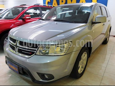 Foto Dodge Journey Express 2.4L 7P usado (2015) color Gris precio $58.900.000