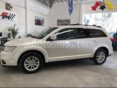 Dodge Journey SXT 2.4L 7 Pasajeros Lujo usado (2018) color Blanco Perla precio $350,000