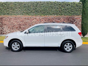 Dodge Journey SXT 2.4L 5 Pasajeros usado (2010) color Blanco precio $105,000