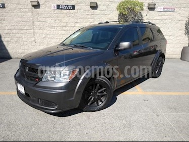Dodge Journey 5P SE 2.4L TA 5 PAS. VE RA-17 usado (2016) color Gris precio $225,000