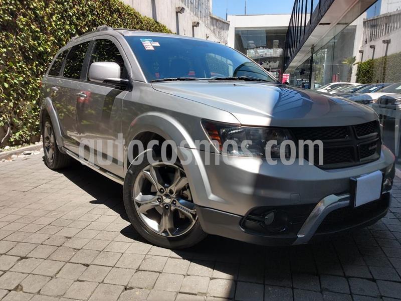 Dodge Journey SXT Sport 2.4L 7 Pasajeros  usado (2017) color Gris precio $310,000