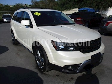 Dodge Journey SXT 2.4L 7 Pasajeros usado (2016) color Blanco precio $295,550