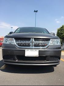 Dodge Journey SE 2.4L 7 Pasajeros usado (2015) color Gris precio $200,000