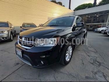 Dodge Journey 5p SXT L4/2.4 Aut 5/Pas usado (2015) color Negro precio $190,000