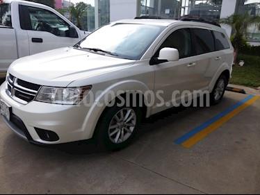 Dodge Journey SXT 2.4L 7 Pasajeros Lujo usado (2016) color Blanco Perla precio $240,000