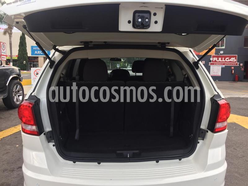 Dodge Journey SE 2.4L 7 Pasajeros usado (2012) color Blanco precio $115,000