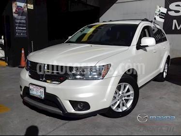 Dodge Journey SXT 2.4L 7 Pasajeros usado (2015) color Blanco Perla precio $215,000