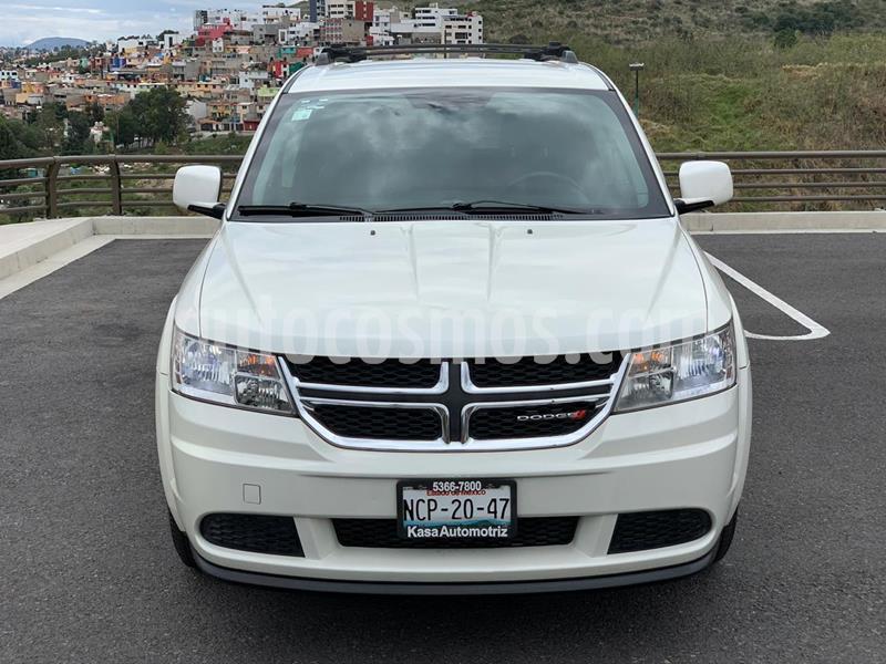 Dodge Journey SXT 2.4L 5 Pasajeros usado (2013) color Blanco Perla precio $189,000
