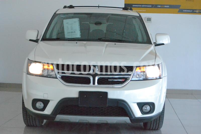 Foto Dodge Journey R-T 3.5L usado (2015) color Blanco precio $265,000