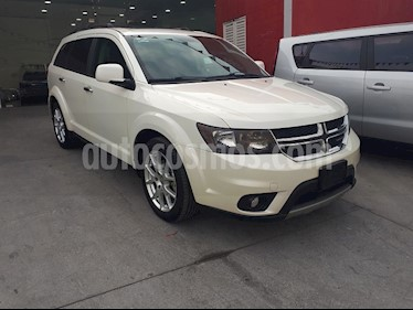 Foto Dodge Journey R-T 3.6L NAV DVD usado (2015) color Blanco Perla precio $265,000