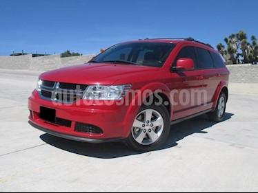 Foto Dodge Journey SE 2.4L usado (2015) color Rojo Adrenalina precio $215,000