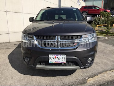 Foto venta Auto Seminuevo Dodge Journey Sport 2.4L 7 Pasajeros  (2017) color Gris precio $369,000
