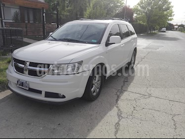 Foto Dodge Journey SXT 2.4 usado (2011) color Blanco precio $400.000