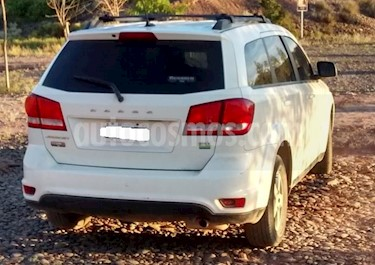foto Dodge Journey SXT 2.4 usado (2012) color Blanco precio $450.000