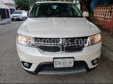 Foto venta Auto usado Dodge Journey SXT 2.4L 5 Pasajeros Plus (2015) color Blanco Perla precio $225,000