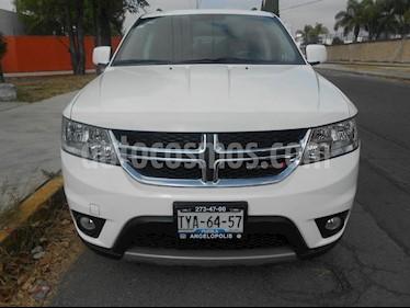 Foto venta Auto usado Dodge Journey SXT 2.4L 5 Pasajeros Plus (2014) color Blanco precio $220,000