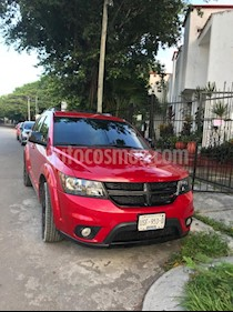 Dodge Journey SXT 2.4L 7 Pasajeros usado (2016) color Rojo precio $280,000