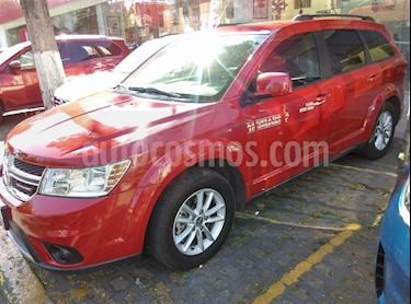 Foto venta Auto usado Dodge Journey SXT 2.4L 7 Pasajeros (2015) color Rojo Adrenalina precio $260,000