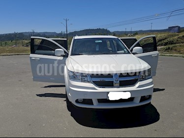 Foto venta Auto usado Dodge Journey SXT 2.7L Aut (2013) color Blanco precio $9.000.000