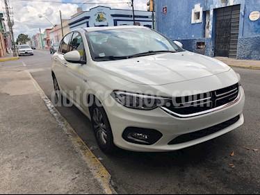 Foto venta Auto Seminuevo Dodge Neon 2.0L SXT Aut (2017) color Blanco precio $195,000