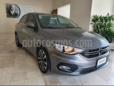 Dodge Neon SXT AT usado (2017) color Gris precio $189,000