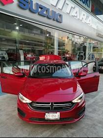 Dodge Neon SE usado (2018) color Rojo precio $180,000